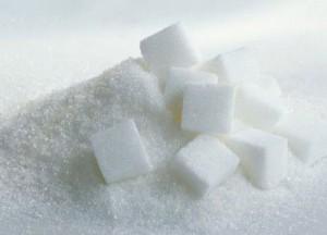 azucar2-300x216 AGUJETAS: prevención, mitos, suplementación.