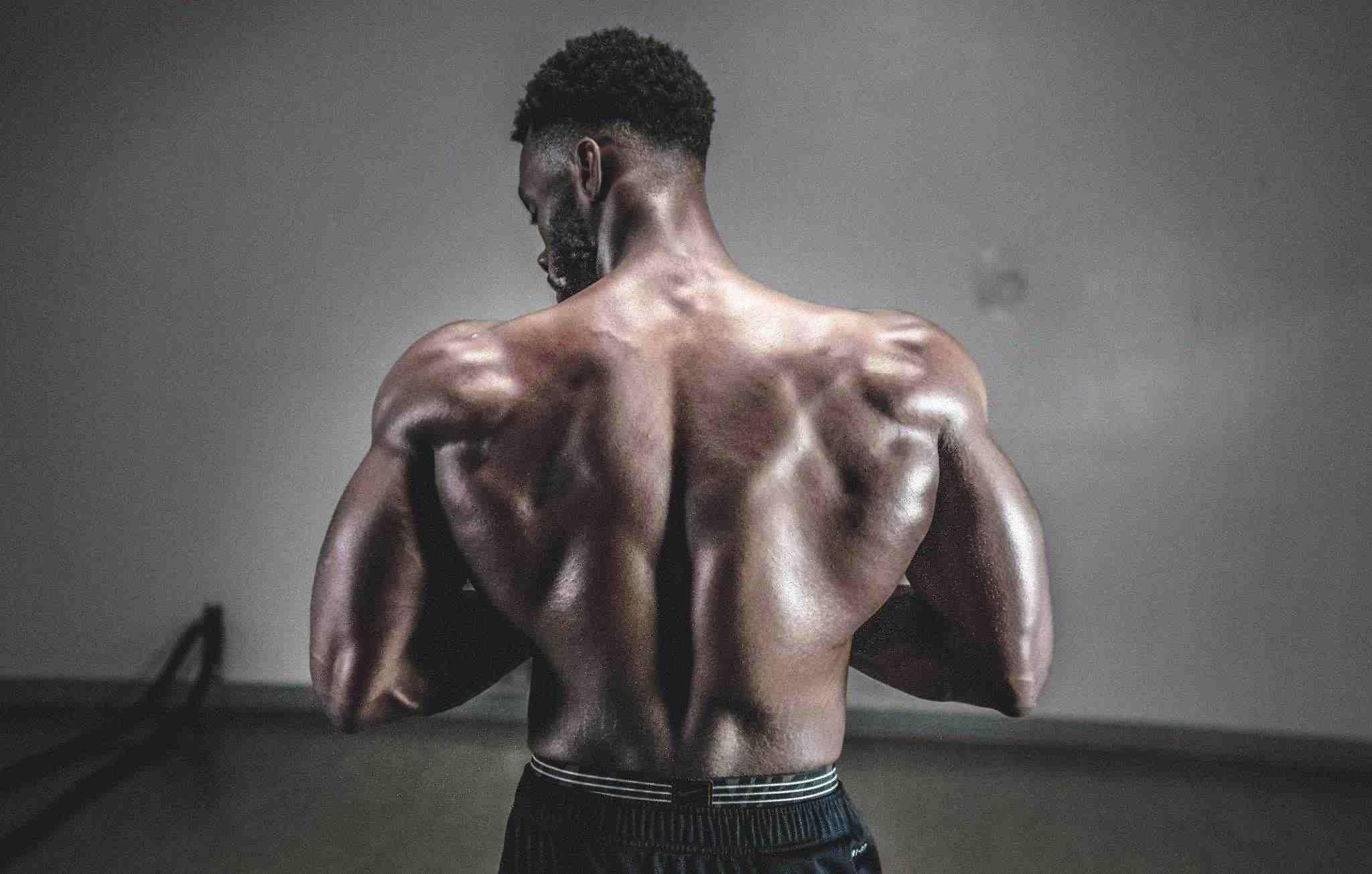 ¿Tomar proteína antes de dormir ayuda a aumentar la masa muscular?