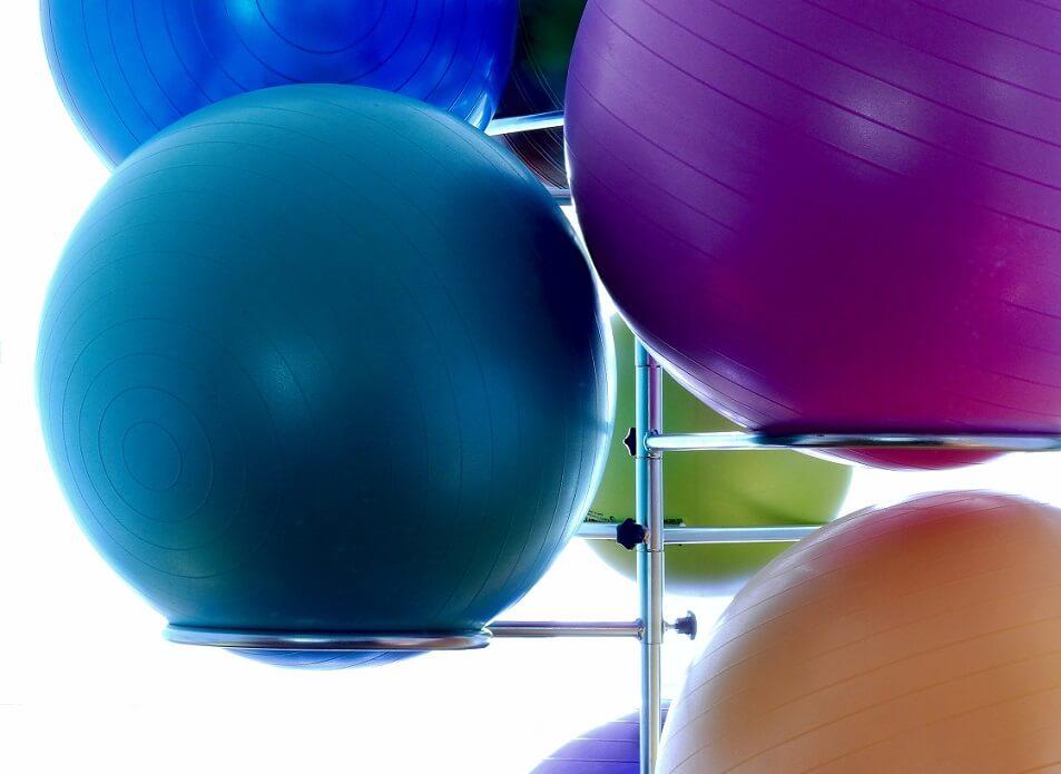 Rutina con balón medicinal para potenciar los abdominales y quemar grasa