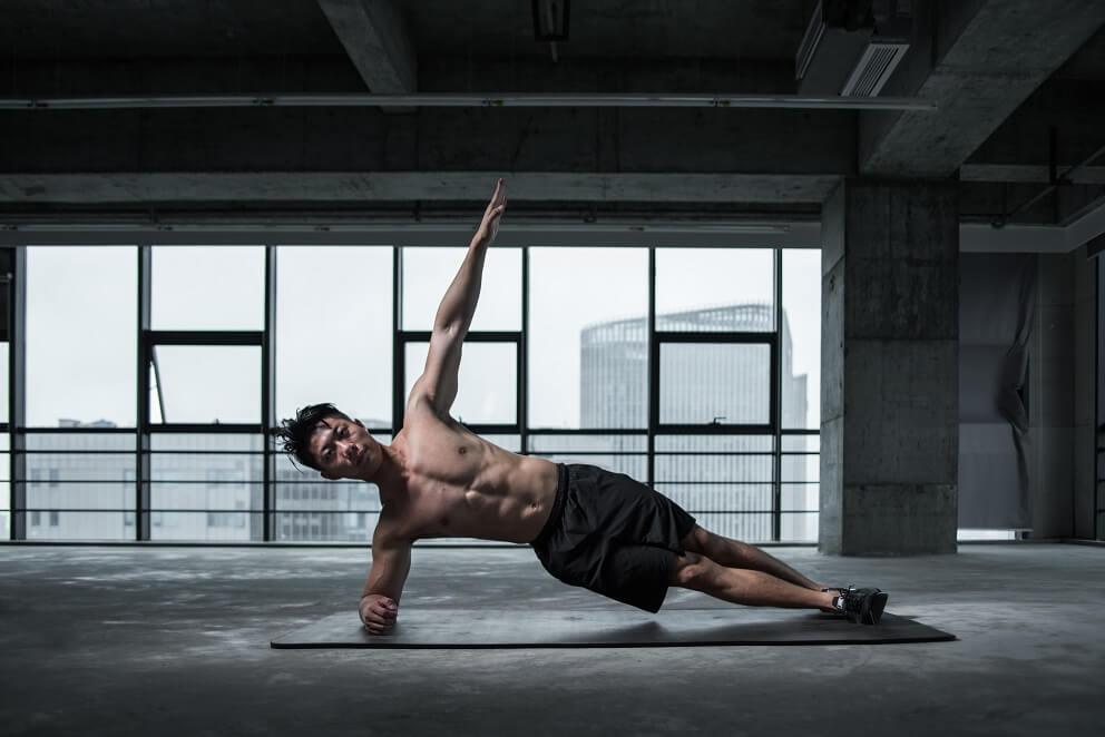 Los mejores ejercicios para tonificar tus oblicuos