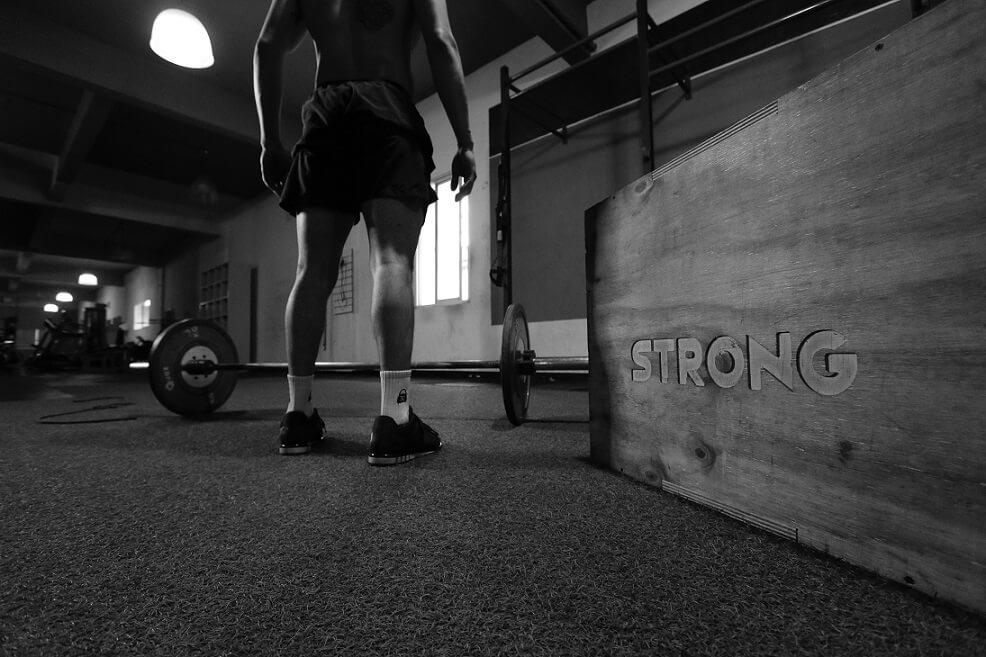 Rutina de fuerza para entrenar con tu propio peso