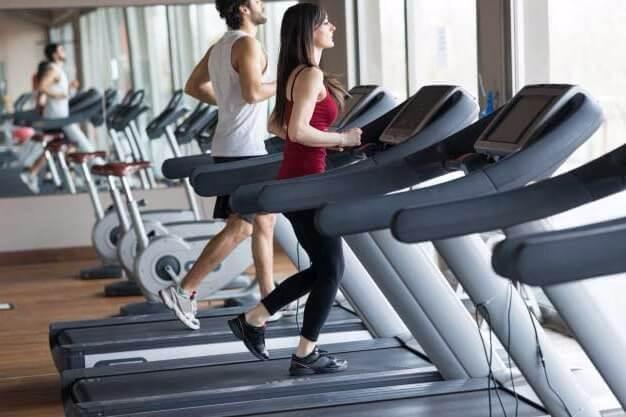 cardio Cómo quemar grasa: 5 razones por las que ya no pierdes grasa