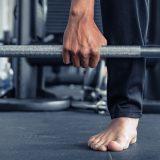 ¿Deberías entrenar descalzo?